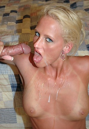 Hot Cum in MILF Mouth Porn Pictures