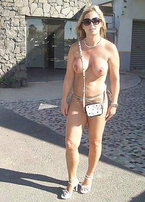 Hot MILF Public Porn Pictures