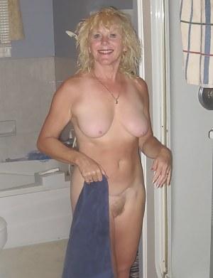 Hot MILF Girlfriend Porn Pictures