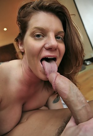 Hot MILF Tongue Porn Pictures