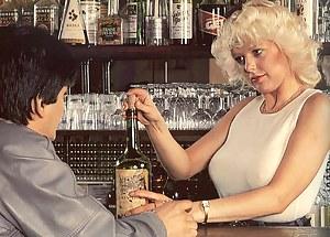 Hot MILF Classic Porn Pictures