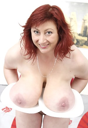 Hot Kinky MILF Porn Pictures