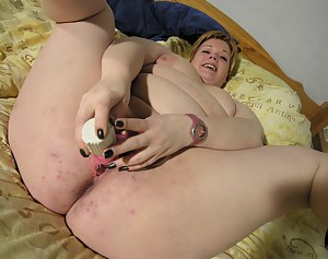 Hot Fat Ass MILF Porn Pictures